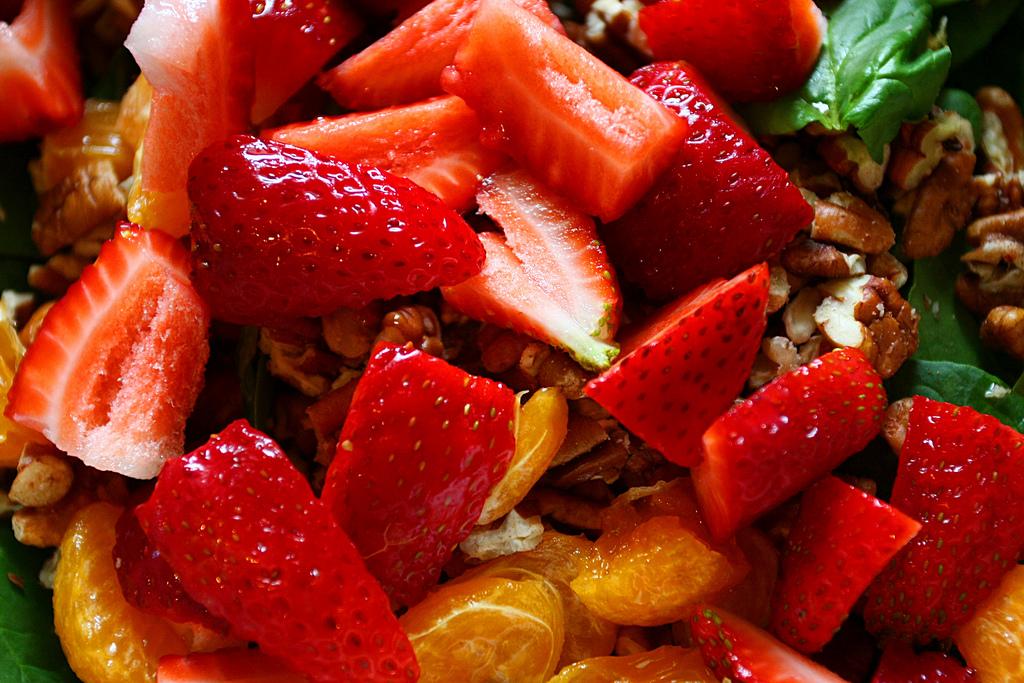 Frutta e gelato - Manueliana ristorante